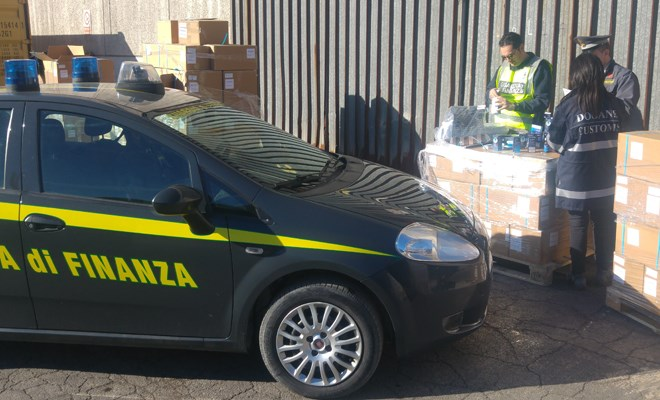 Sequestrato container con tonnellate di farmaci